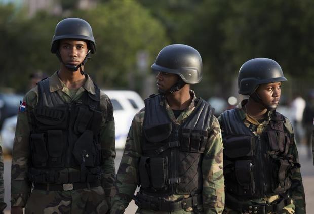 Militarizan Congreso Nacional en medio de protestas por reelección
