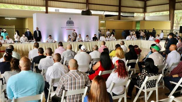 Presidente Abinader dispone construcción de acueducto para San José de Ocoa