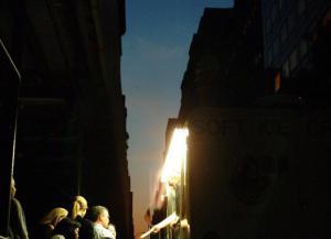 Apagón en Manhattan deja 42,000 hogares sin electricidad con metro a oscuras