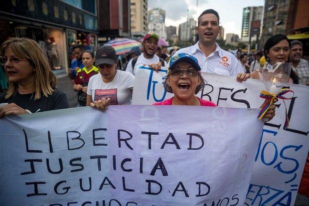Con motivo de conmemorarse el Día Internacional de las Víctimas de Desapariciones Forzadas, la portavoz del Departamento de Estado, Morgan Ortagus, aseguró en un comunicado que en Venezuela 'la desaparición forzada de miembros del parlamento, las fuerzas armadas y civiles se ha convertido en una rutina bajo el régimen ilegítimo de (el presidente Nicolás) Maduro'.