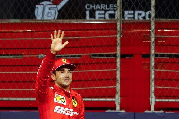 Leclerc logra en Singapur su tercera pole consecutiva