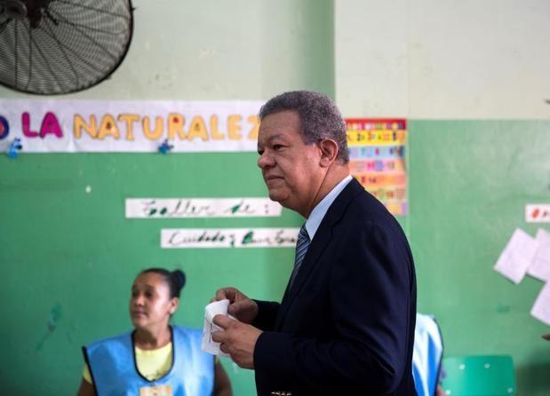 Expresidente Fernández denuncia que adulteraron resultados de las primarias