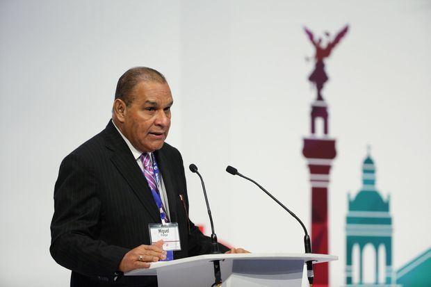 En la imagen un registro del vicepresidente regional de la SIP para República Dominicana y director del periódico Listín Diario, Miguel Franjul, quien presentó este lunes el informe acerca de la isla en el marco de la 75 Asamblea General de la Sociedad Interamericana de Prensa.