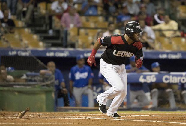 Los Leones vencen a las Águilas y siguen firmes en la cima del béisbol en República Dominicana
