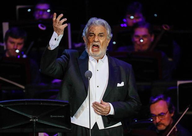 El público de la Ópera de Viena muestra también su entrega a Plácido Domingo
