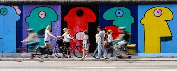El camino del muro, una ruta en bici por la historia