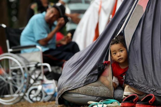 Un total de 4,6 millones de venezolanos, de los cuales un 25 % son niños, han salido de su país por la crisis y de ellos más de 1,4 millones se han establecido en Colombia.