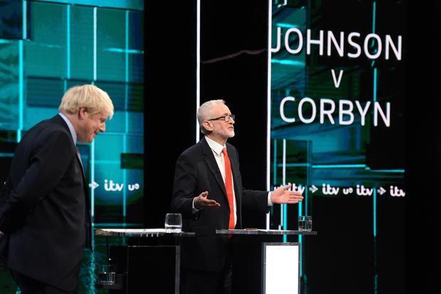 Johnson y Corbyn contraponen sus planes para salir del laberinto del 'brexit'.