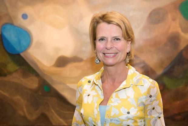 Fotografía cedida por ONU Mujeres de la directora ejecutiva adjunta de ONU Mujeres, Asa Regner, posando el 24 de mayo de 2018 en la sede del organismo.