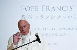 El papa termina un viaje a Japón marcado por su condena a las armas nucleares