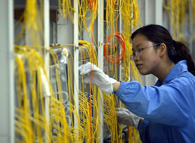 Los beneficios de las principales empresas industriales chinas cayeron un 9,9 % interanual.