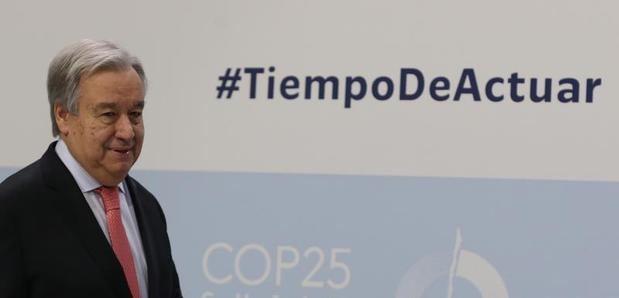 El Secretario general de las Organización de las Naciones Unidas, el portugués Antonio Guterres, a su llegada a la rueda de prensa para informar sobre la Conferencia de las Partes de la Convención Marco de Naciones Unidas sobre Cambio Climático COP25 que se inaugura mañana en Madrid.
