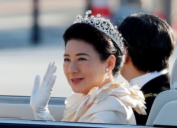 La emperatriz Masako de Japón agradeció hoy el apoyo prestado por el pueblo japonés a su figura y a la del nuevo emperador, Naruhito, y afirmó que este respaldo le ayudará a seguir asumiendo más funciones, con motivo de su 56 cumpleaños.