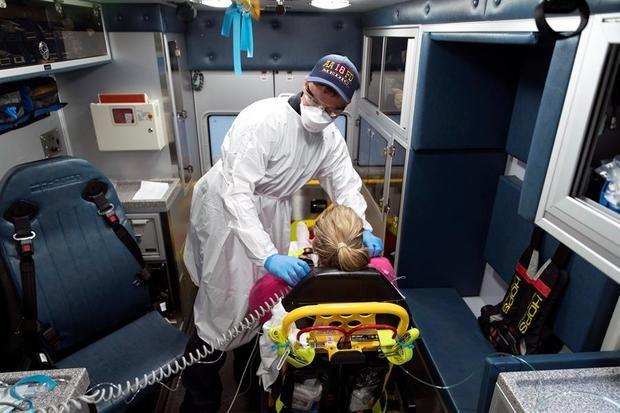 EE.UU. supera las 211.600 muertes y 7,54 millones de casos de coronavirus