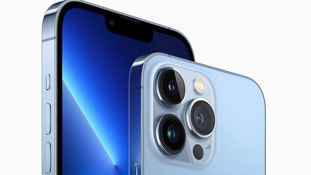 Apple-iphone13-hero