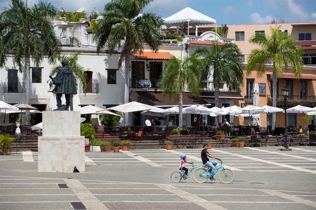 El ingreso de turistas a R.Dominicana cae 44,18 % en diciembre