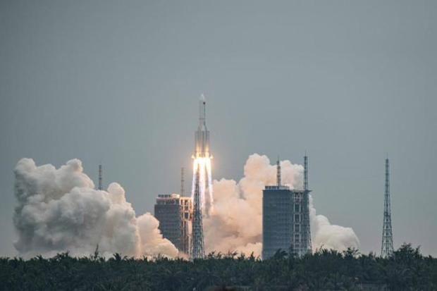 China envía con éxito al espacio un módulo clave para su estación espacial