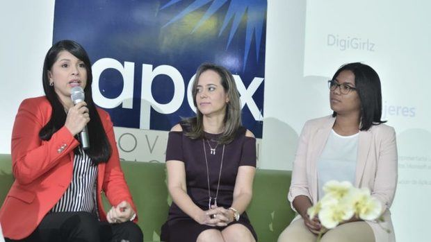 Promueven carreras tecnológicas entre niñas y adolescentes con DigiGirlz
