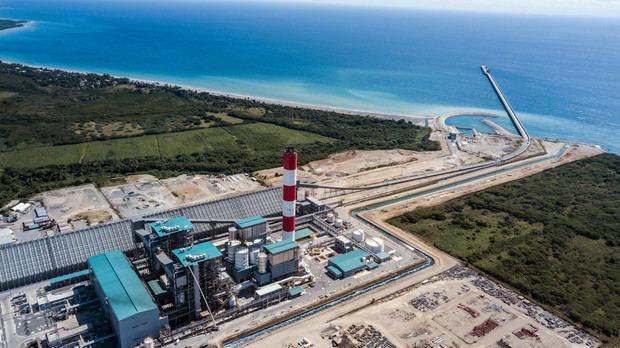 Presidente Medina inaugura Central Termoeléctrica Punta Catalina
