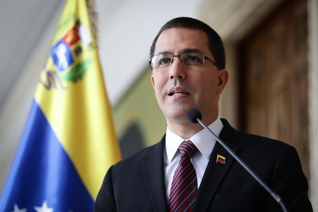 Canciller venezolano trata con diputados dominicanos valor de lazos de países