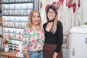 osefina Ulloa y Carol Rivera.