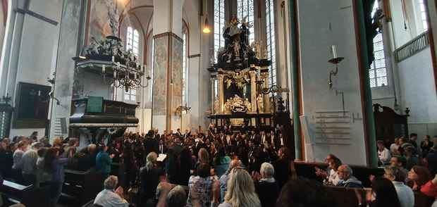 Presentación de la orquesta Sinfónica Juvenil en la bella ciudad de Lübeck en Alemania.