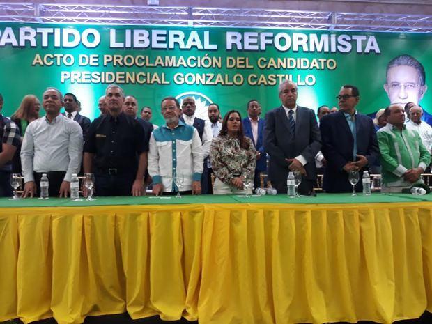 PLR proclama a Gonzalo Castillo como candidato presidencial