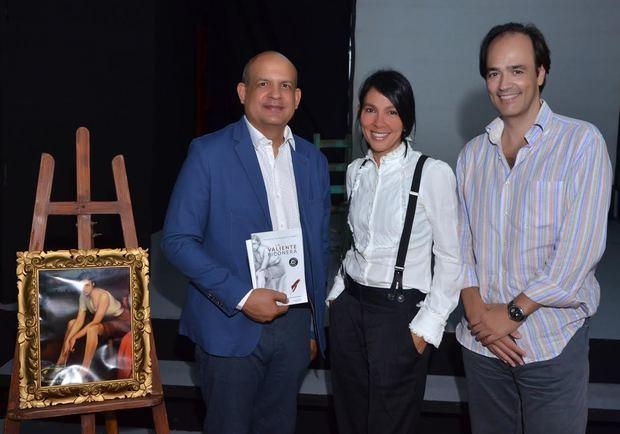 José Enrique Delmonte, Priscilla Velázquez e Imanol Orue.