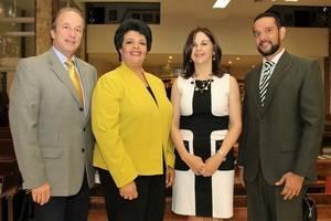 Jose de Moya Cuesta, Regla Brito de Vargas, Yolanda Valdez y Miguel Puente Leonor.
