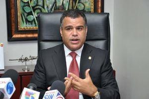 Candidato y senador del Partido de la Liberación Dominicana, PLD, por San Cristóbal, Tommy Galán, puso en marcha una jornada de educación comunitaria en esta provincia.