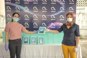 Altice Dominicana donó al Ministerio de Salud, a través del Servicio Nacional de Salud (SNS), 202 tabletas equipadas con 125 Gbps de datos para pacientes del Coronavirus.