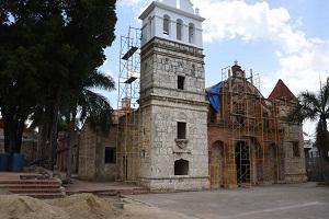 Avance de los trabajos de remozamiento de la Iglesia Santa Bárbara.