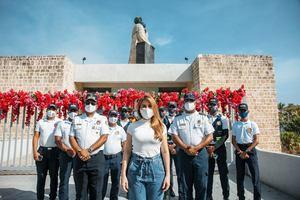 Alcaldesa Carolina Mejía encabezó un acto de reconocimiento al primer año de la recuperación del Monumento a Fray Antón de Montesino.