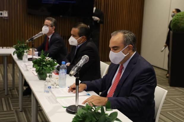 AIRD y ADOZONA presentan la Estrategia  de Desarrollo del Sector Industrial.