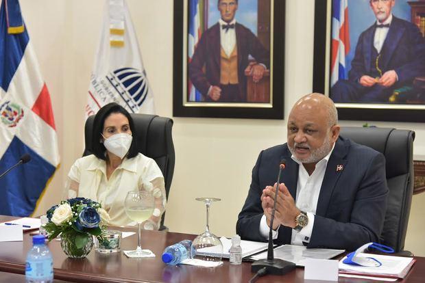Entidades acompañan al Ministerio de Educación en la búsqueda de alternativas educativas en medio de la pandemia