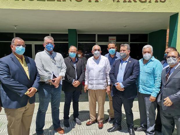 Funcionarios agropecuarios visitan CONFENAGRO y recorren instituciones de la Ciudad Ganadero