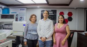 Iraiza Valdez, Angel Estrella y Yerisbel Sosa.