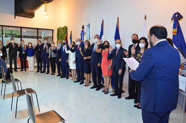 Centrocámara juramenta nueva directiva periodo 2021-2023