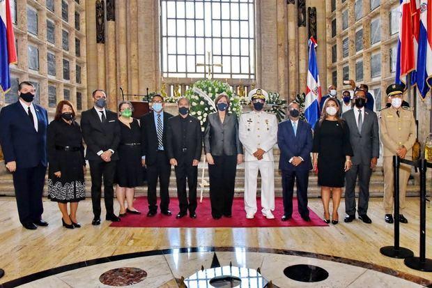 Cultura encabeza acto de exaltación del héroe nacional Gregorio Urbano Gilbert al Panteón de la Patria