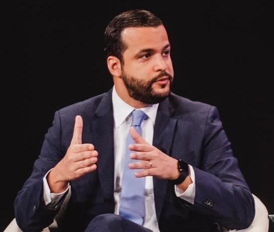 candidato a senador del Partido de la Liberación Dominicana, PLD, por el Distrito Nacional, Rafael Paz.