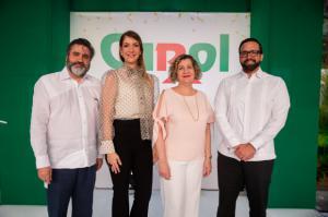 Vinicio Curiel, María Teresa Ferreiro, Lucía Báez y Julio Rafael Curiel