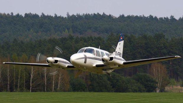 Investigan caso avioneta que aterrizó de manera irregular en la región este