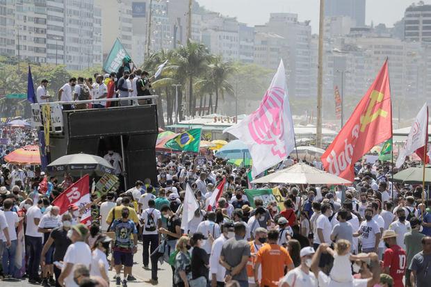 La oposición a Bolsonaro se moviliza sin lograr la unidad en las calles