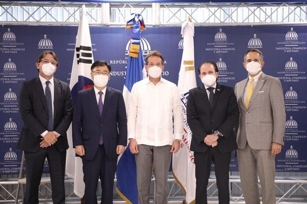 Relanzan Cámara de Comercio Domínico - Coreana para incentivar comercio entre ambos países