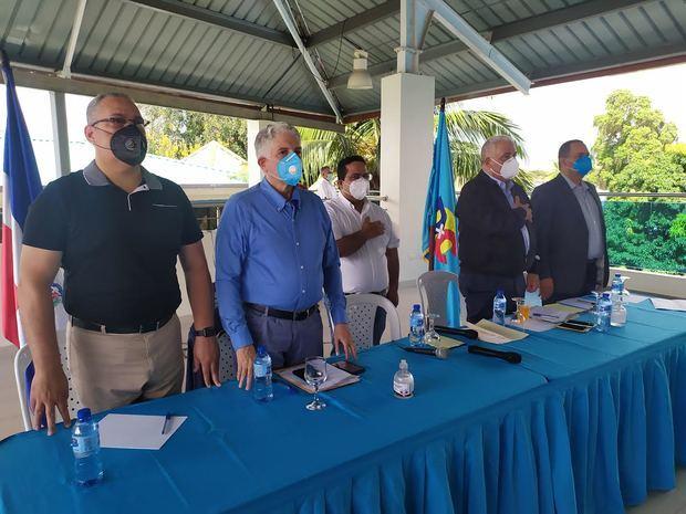 Partido DxC respalda sin reservas propuesta de Abinader de reducir fondos de partidos políticos