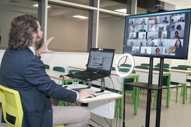 CEF.- Santo Domingo entrena a 40 docentes de Infotep para crear aulas virtuales