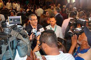 Secretario general de la Alianza por la Democracia, APD y diputado al Parlamento Centroamericano, Carlos Sánchez, entrevistado por medios de comunicación.