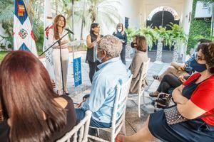 Carolina Mejía, alcaldesa del Distrito Nacional dirige unas palabras a los asistentes.