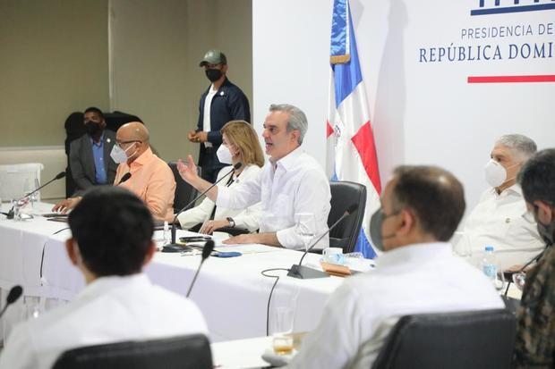 Abinader anuncia 10,000 millones en obras en la provincia Duarte