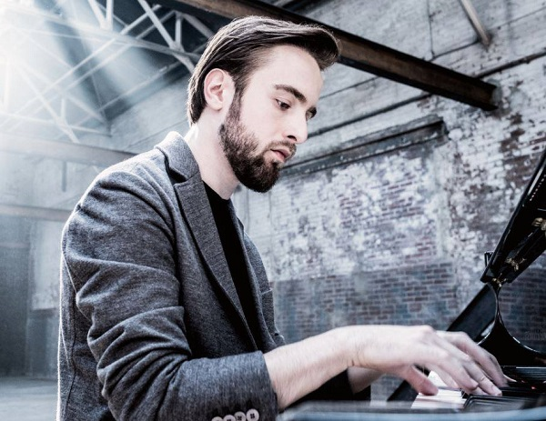 Pianista Daniil Trifonov se presenta en homenaje a Doña Margarita Copello de Rodríguez esta noche